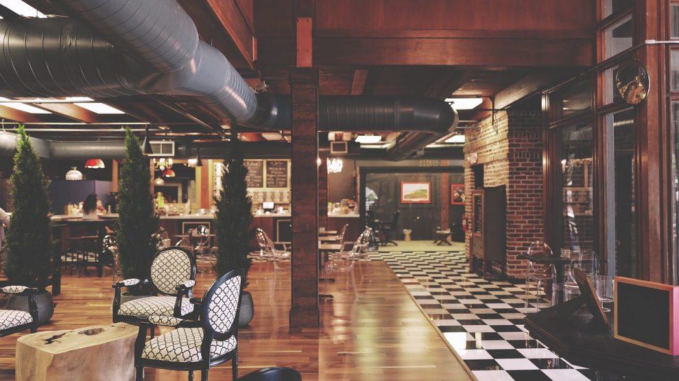 מסעדת Cafe de La Musique Dining Club
